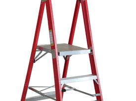 .9m Fiberglass Platform Step Ladder
