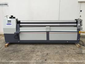 2500mm x 3mm Roller With End Stub Rollers - picture0' - Click to enlarge