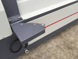 2500mm x 3mm Roller With End Stub Rollers - picture9' - Click to enlarge