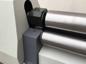 2500mm x 3mm Roller With End Stub Rollers - picture11' - Click to enlarge