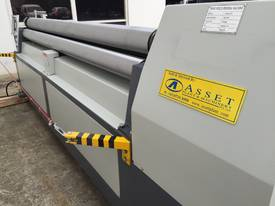 2500mm x 3mm Roller With End Stub Rollers - picture10' - Click to enlarge