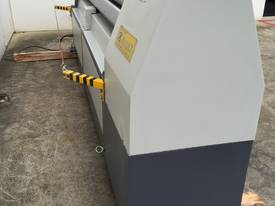 2500mm x 3mm Roller With End Stub Rollers - picture17' - Click to enlarge