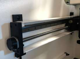 CMT 135T x 3200mm Hydraulic Press Brake - picture7' - Click to enlarge