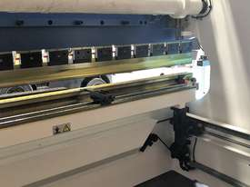 CMT 135T x 3200mm Hydraulic Press Brake - picture3' - Click to enlarge