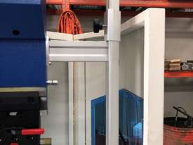 CMT 135T x 3200mm Hydraulic Press Brake - picture4' - Click to enlarge