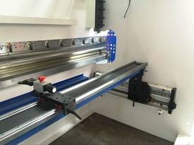CMT i-Con Press Brake - picture4' - Click to enlarge