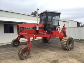 Massey Ferguson 220 Windrowers Hay/Forage Equip - picture0' - Click to enlarge