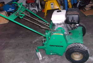Lawn Aerator For Sale >> Used Bluebird Bluebird Lawn Aerator Lawn Aerator In Eltham Vic