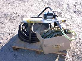Fuel transfer pump unit - picture5' - Click to enlarge