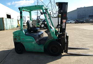 Mistsubishi Good Condition FD25N for rent