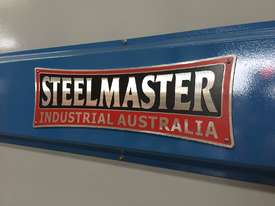 Steelmaster ABSOLUTE 3200mm x 90Ton NC2 Pressbrake - picture2' - Click to enlarge