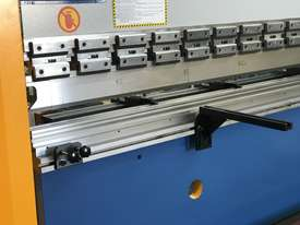 Steelmaster ABSOLUTE 3200mm x 90Ton NC2 Pressbrake - picture7' - Click to enlarge