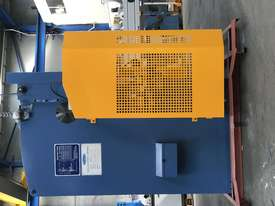 Steelmaster ABSOLUTE 3200mm x 90Ton NC2 Pressbrake - picture11' - Click to enlarge
