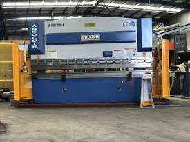 Steelmaster ABSOLUTE 3200mm x 90Ton NC2 Pressbrake - picture13' - Click to enlarge
