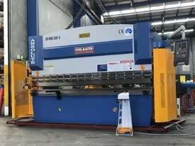 Steelmaster ABSOLUTE 3200mm x 90Ton NC2 Pressbrake - picture17' - Click to enlarge