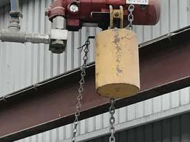 JIB CRANE WITH AIR HOIST  - picture2' - Click to enlarge