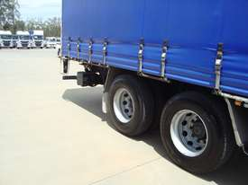 Iveco Stralis ATi 360 Curtainsider Truck - picture8' - Click to enlarge