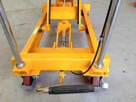 700kg double scissor lift table/trolley - picture2' - Click to enlarge