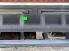 3000 mm USED STAINLESS STEEL EXHAUST CANOPY - picture1' - Click to enlarge