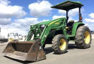 John Deere 4720 Tractor with Front End Loader 4-in-1 bucket