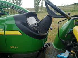 John Deere 4720 Tractor 59HP 4x4 - FEL 4-in-1 bucket, Flail Mower - picture1' - Click to enlarge