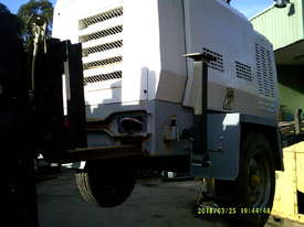 12kva 240 volt new genset in trailers 3cyl perkins / stanford generator silenced , only 2 left - picture8' - Click to enlarge