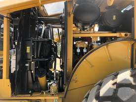 LATE MODEL CATERPILLAR 950GC WHEEL LOADER  - picture8' - Click to enlarge