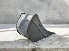 UNUSED 300MM DIGGING BUCKET TO SUIT 2-3T EXCAVATOR E028 - picture2' - Click to enlarge