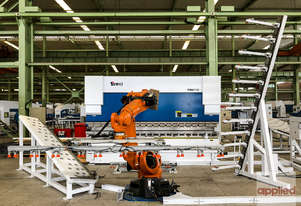 Yawei  - KUKA Robotic pressbrake cells for automation of your sheetmetal bending