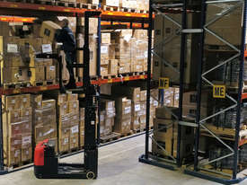 JX1 ELECTRIC ORDER PICKER 0.5T - picture2' - Click to enlarge