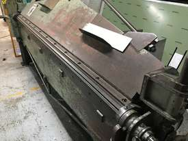 Just In - USED Semi Hydraulic Folder. 2500mm x 2mm Quick Sale! - picture0' - Click to enlarge
