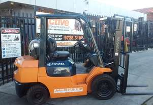 Toyota Forklift 7FG25 4.3m Lift Container Mast Excellent Condition $12,999+GST
