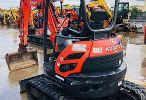 2016 2.5 Tonne Kubota U25 Excavator with 696 Hours