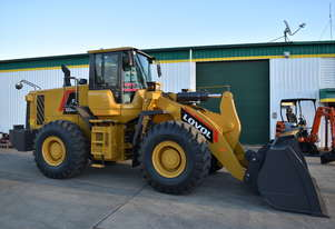 LOVOL FL958H Wheel Loader 5.5T Lift 238HP