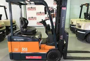 Toyota 3 wheel Electric 7FBE15 Wide Visible Mast 3 stage container entry  rand New Battery