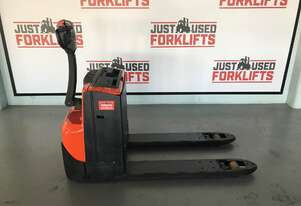 BT LWE180 1.8 TON 1800 KG CAPACITY POWER PALLET JACK WALK BEHIND PALLET MOVER LOCATED COOPERS PLAINS