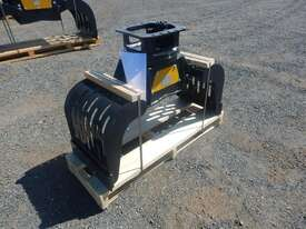 Mustang GRP250 Rotating Grapple - picture2' - Click to enlarge