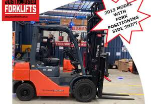TOYOTA 8FG25 61652 2.5 TON 2500 KG CAPACITY LPG GAS FORKLIFT 4500 MM 2 STAGE DELUXE DUAL WHEEL