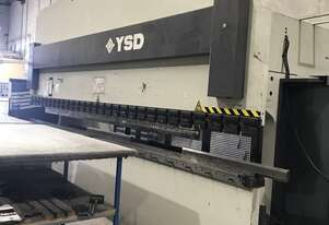 YSD Hydraulic Press Brake - 6000mm x 165 tonne