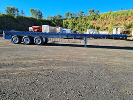 Highway Master Semi Flat top Trailer - picture0' - Click to enlarge
