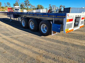Highway Master Semi Flat top Trailer - picture1' - Click to enlarge