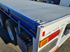 Highway Master Semi Flat top Trailer - picture2' - Click to enlarge