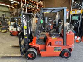 2.5 Tonne Container Mast Forklift For Sale - picture0' - Click to enlarge