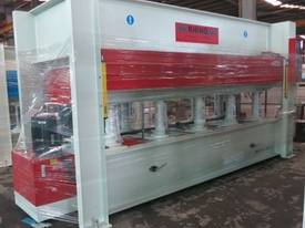SINGLE AND MULTI DAYLIGHT HOT PRESSES  - picture3' - Click to enlarge