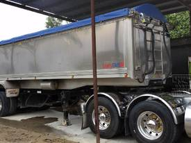 Kenworth K104 & Lusty Alloy Semi Tipper - picture2' - Click to enlarge