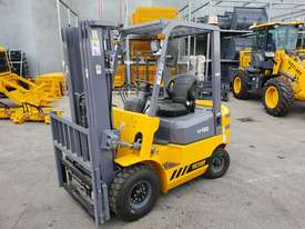 Victory VF18D Std Diesel Forklift - picture0' - Click to enlarge