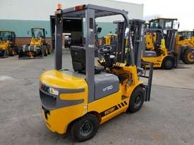 Victory VF18D Std Diesel Forklift - picture6' - Click to enlarge