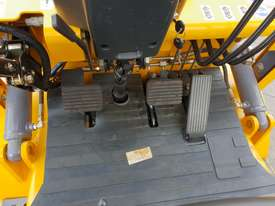 Victory VF18D Std Diesel Forklift - picture10' - Click to enlarge