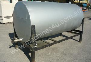 USED OIL STEEL TANK ON LEGS/ 2300LITRES