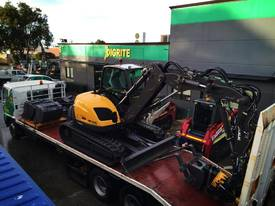 NEW MECALAC 10MCR - picture8' - Click to enlarge